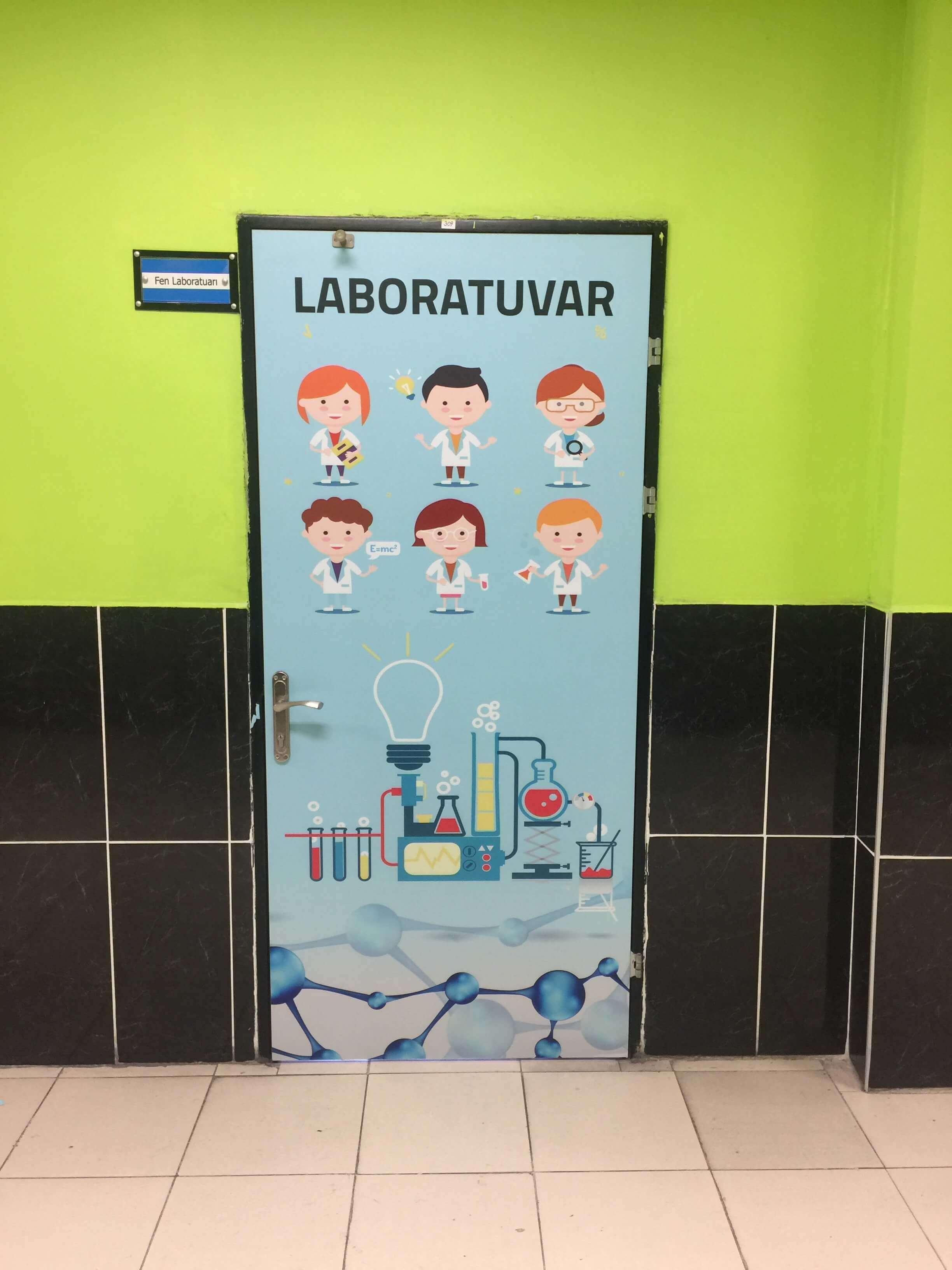 Sınıf Kapısı Kaplama