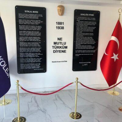 Pleksi Atatürk Köşesi
