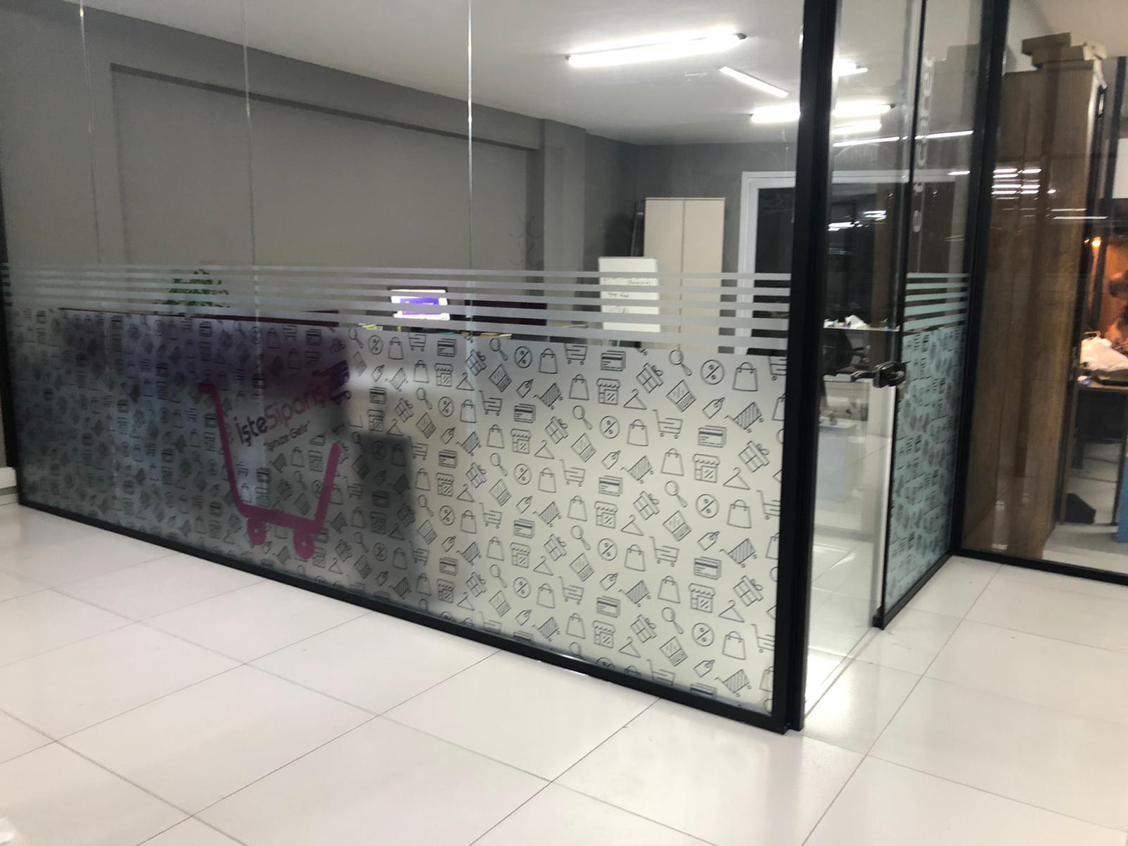 Ofis Dekor Cam Baskı Mat