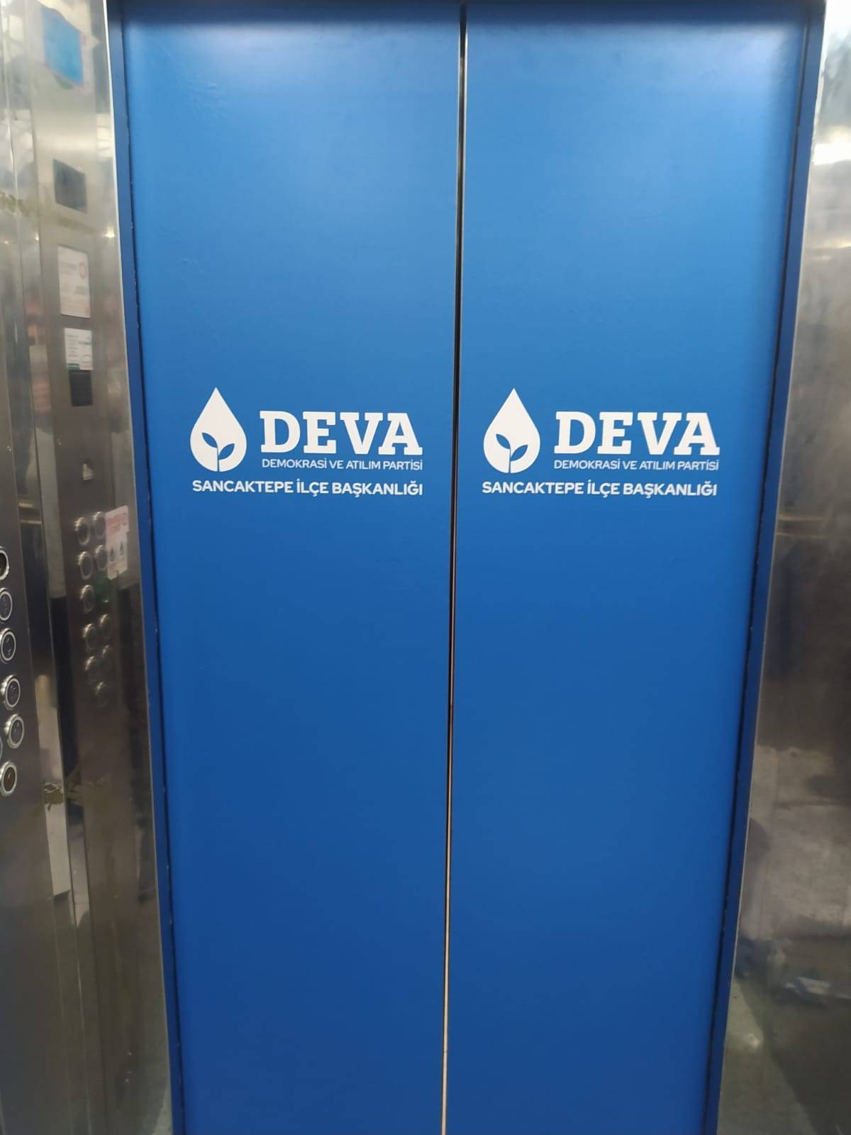 Asansör kapı kaplama reklam